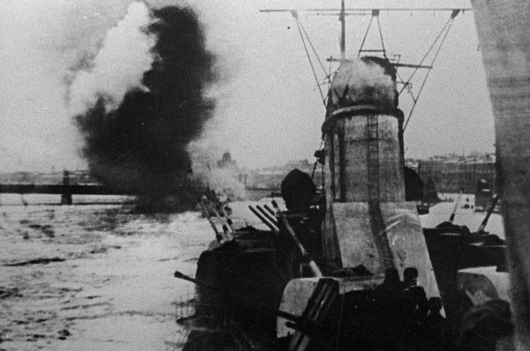 Ведет огонь по врагу, 1941